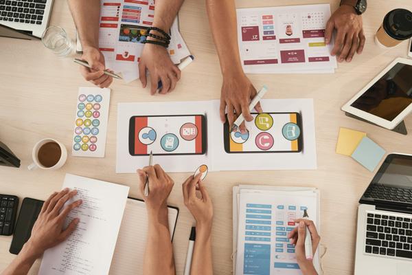 Marketing - Digital Strategy - Web Analytics - Social Media Marketing - SEO - SEM - UI UX Design