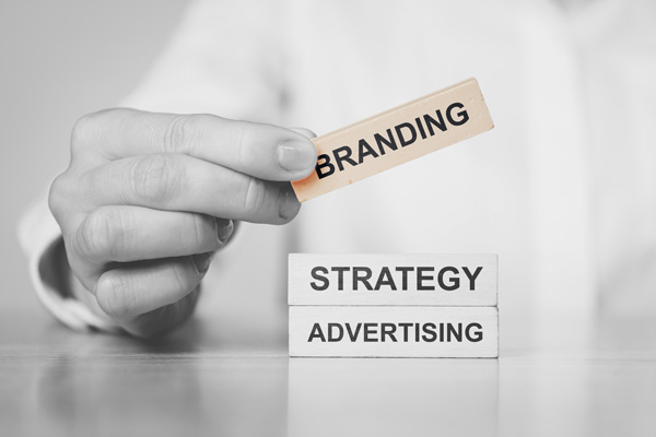 SERVICE - ADVertising - Graphic - Desogn - Print - PFoto - Video - Branding Support - Content Management - Copywriting - Storytelling - IT Support